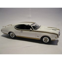 Maqueta Hurst Olds Cutlass 1/25