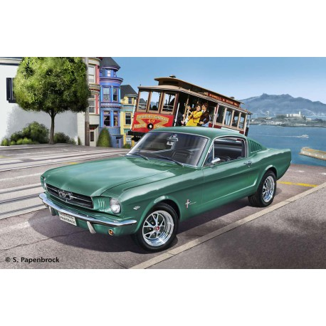 Maqueta Ford Mustang Fastback 1/24