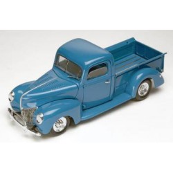 Maqueta Ford Custom Pickup Truck 1:24