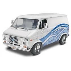 Maqueta Chevy Van 1977 1:24