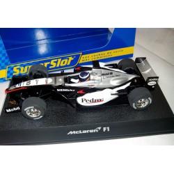 Coche Formula 1 McLaren Pedro de la Rosa