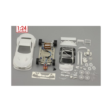 Coche BMW Z4 GT3 1/24 en kit blanco