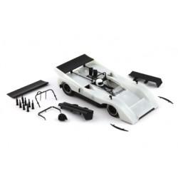 Mclaren M8D kit blanco